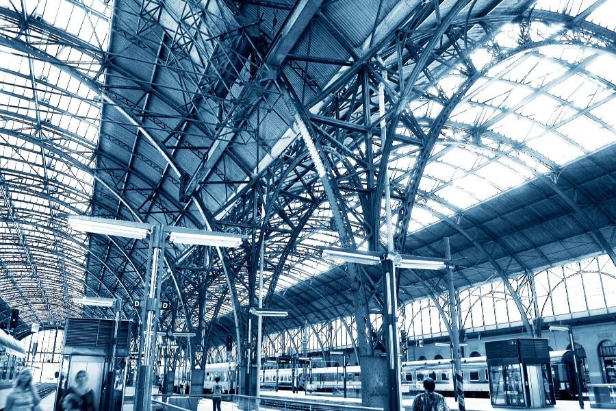 Carpenteria metallica: vantaggi delle strutture in acciaio